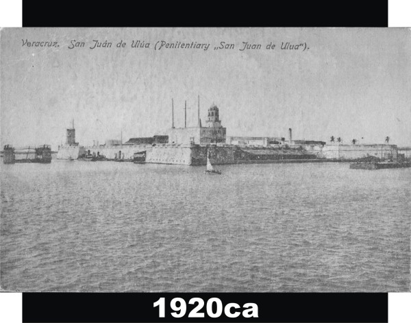 El dique flotante en foto tomada alrededor de 1920, ya en sus últimos años de existencia.