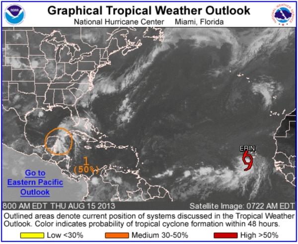 Pronóstico dado a las 7:00 a.m. del 15 de agosto de 2013. Fuente: Centro Nacional de Huracanes de EE. UU.